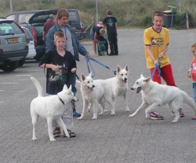 Misthy's friends wandeling 2005