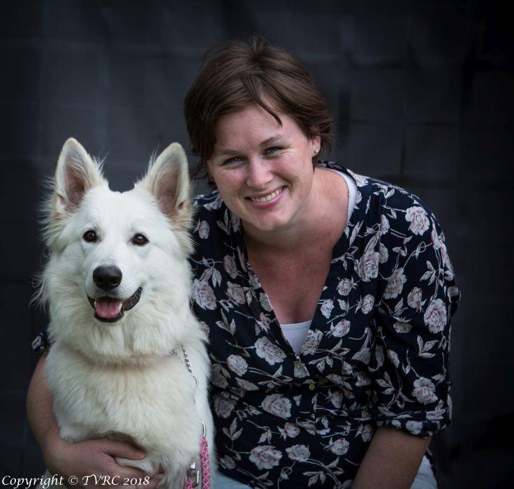 Zwitserse witte herder Misty's friends Puck portret foto september 2018